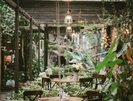 Bộ sưu tập các mẫu bàn ghế cafe sân vườn đẹp, tinh tế