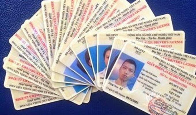 Cách đổi giấy phép lái xe máy sang thẻ pet HCM