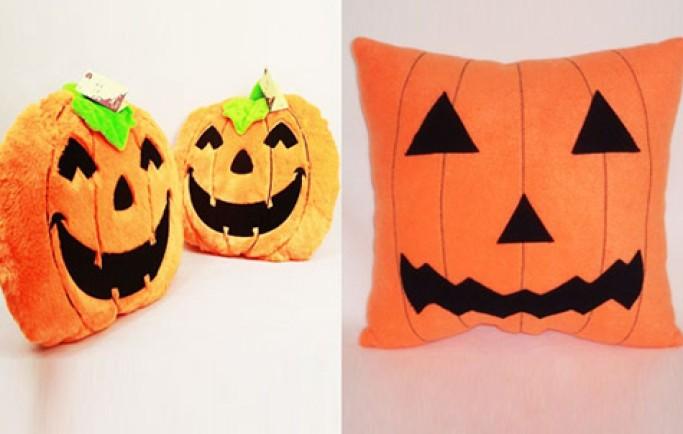 """""""Dắt tay"""" không khí Halloween vào nhà với những chiếc gối độc đáo  (P2)"""