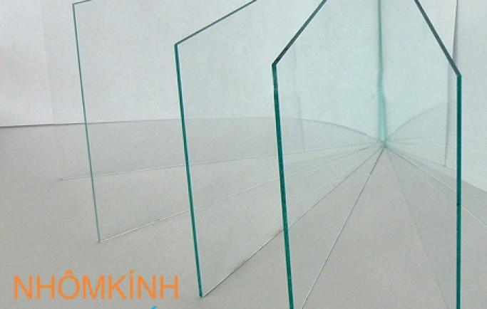 Giá kính thường dày 10mm (ly)