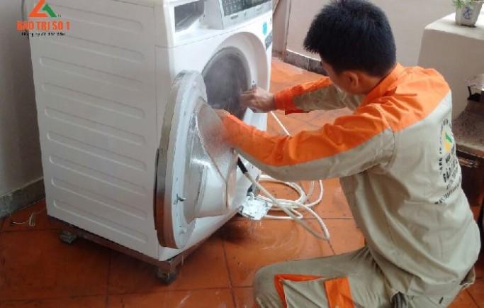 Gọi 0988 230 233 đặt lịch sửa máy giặt tại nhà royal city uy tín