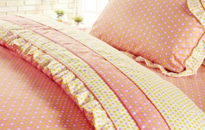 Mang đến giấc ngủ ngon bằng phụ kiện giường ngủ phong cách đồng quê dành cho chị em
