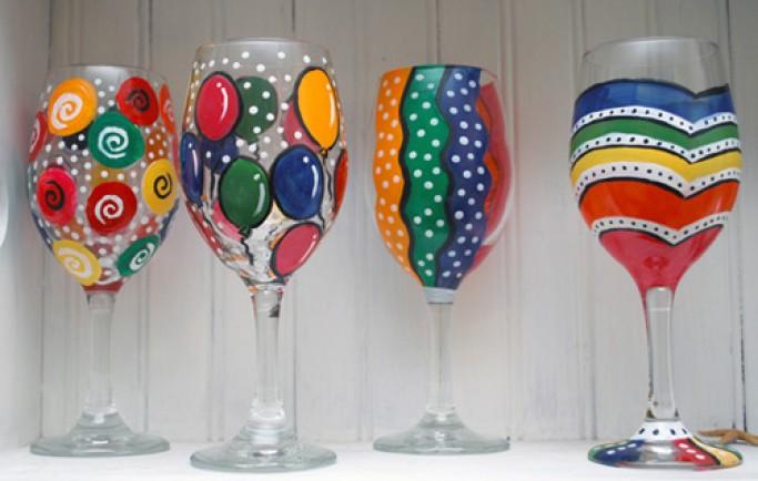 Tạo thêm giá trị nhà bạn cùng với những chiếc ly rượu vang được vẽ tay rất tinh tế và đầy giá trị (P2)