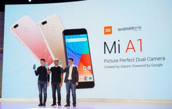 Xiaomi Mi A1 cùng với Android One