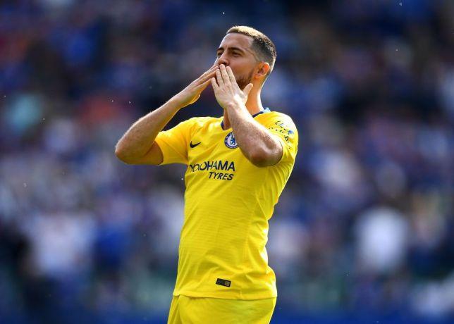 Hazard bị cảnh báo từ huấn luyện viên người Italia